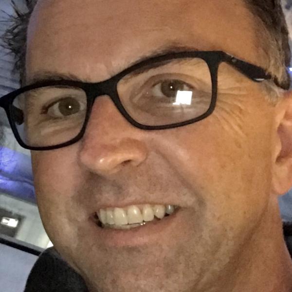 Frank Cartwright Program Manager, Microsoft Casual Games / MSN Games Microsoft